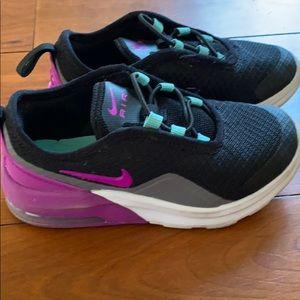 Girls Nike sneakers size 11c